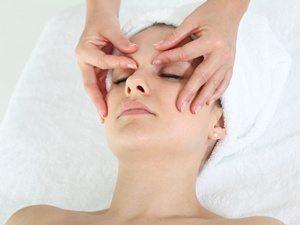 13model_picture_bdi_treatment_face_3_dpi300x225.jpg